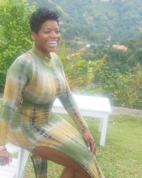 Fantasia offers Jamaican student record deal and to go on tour