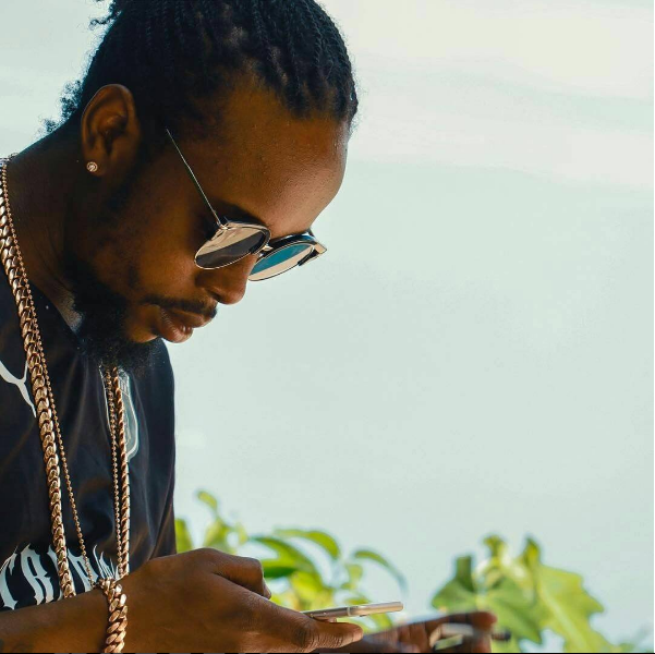 Popcaan clapsback at Mavado saying he's dumb and should learn to spell