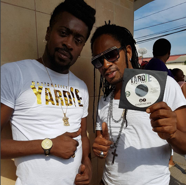 """Beenie Man's """"Unstoppable"""" clinches the top 5 on Billboard's Reggae Chart"""