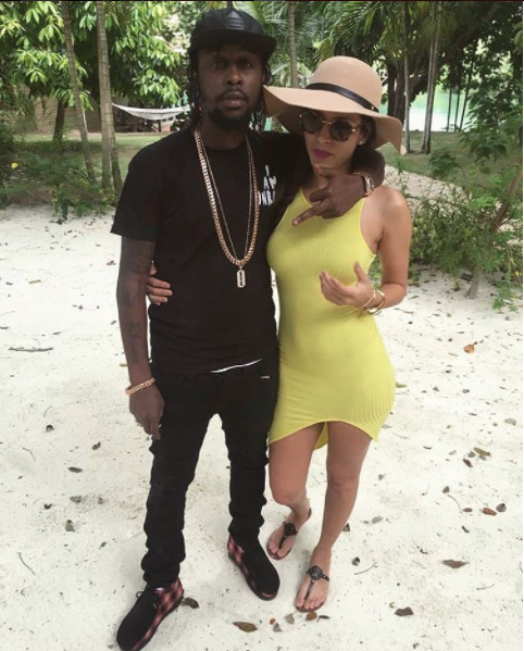 Popcaan's Girlfriend Caught Photoshopping Instagram Picture To Gain Curves