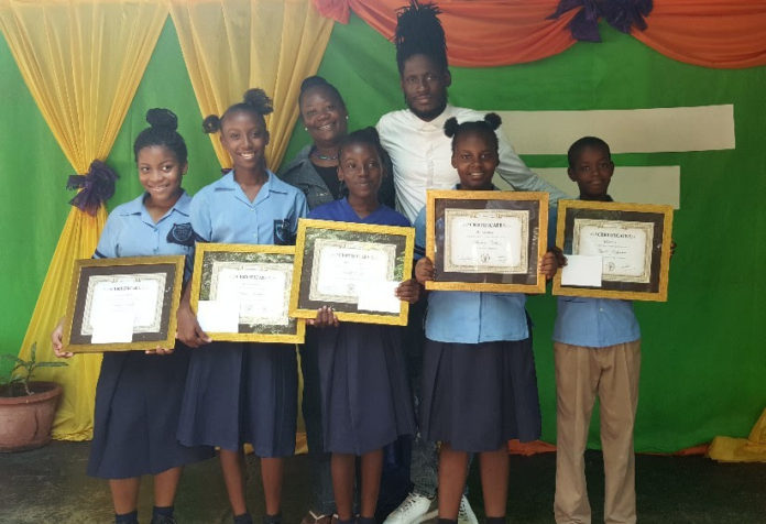 Aidonia Continues Commitment To Education, Awards Five New Scholarships
