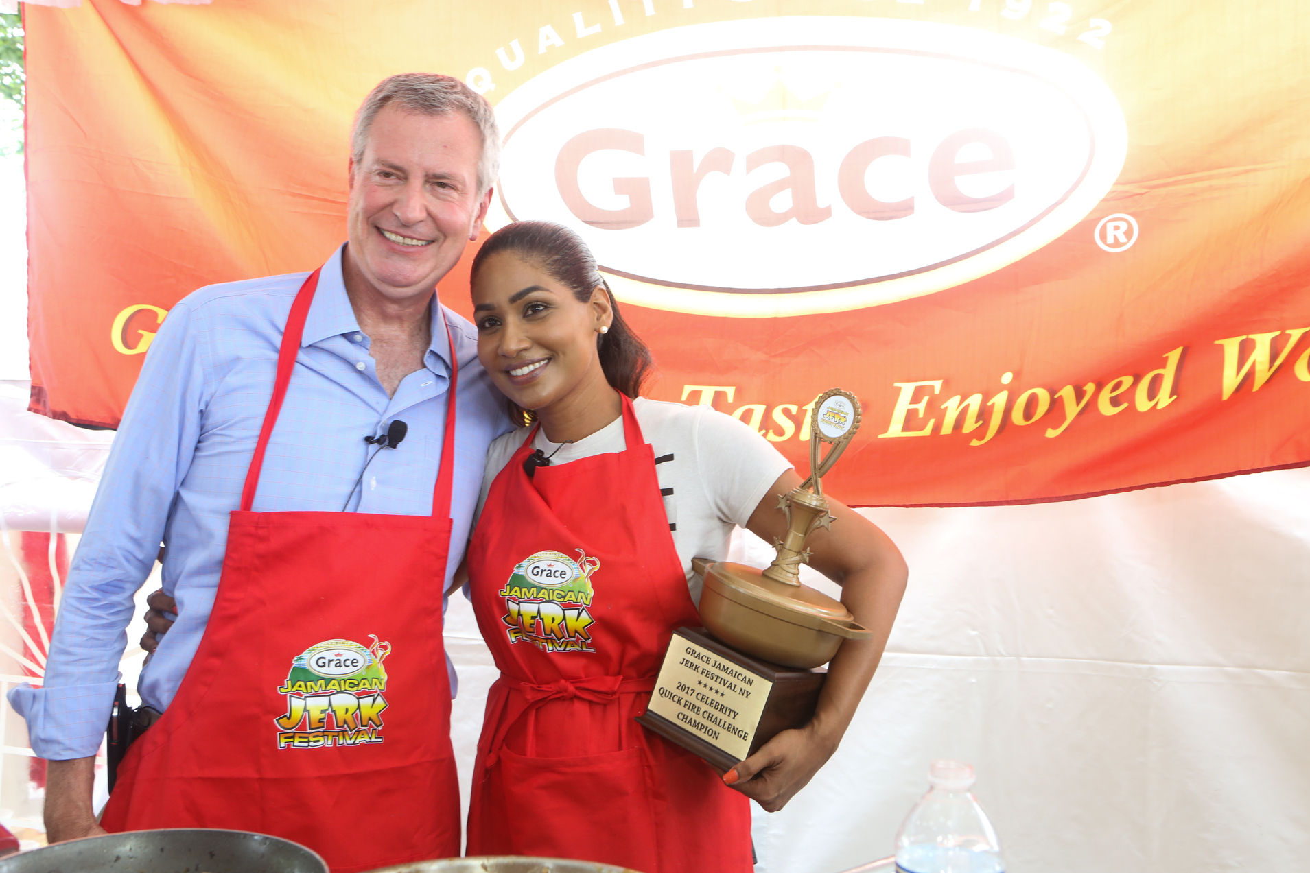 Lisa Hanna Comes Out Victorious Against NYC Mayor De Blasio, At Jerk Fest Cook-Off