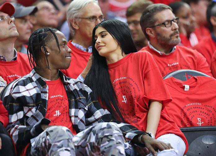Kylie Jenner Pregnant, Expecting First Child With Travis Scott