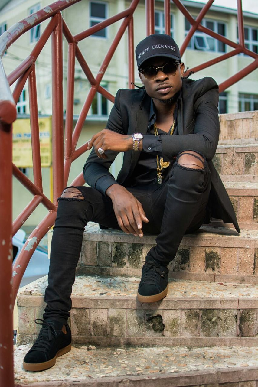 Versi Collaborates with Dancehall Mogul Bounty Killer.